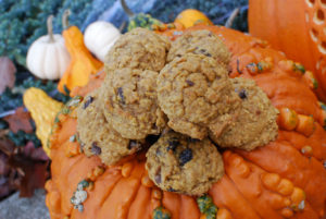 Fluffy Pumpkin Cookies by Fatkidatheart.com